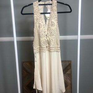 Haute hippie sleeveless crotchet/bedded Dress